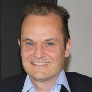 Mathias Künlen Aurachirurgie